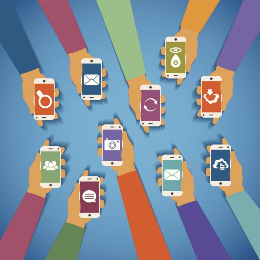 Attenzione all'illusione dei social network: condividere online non significa avere amici