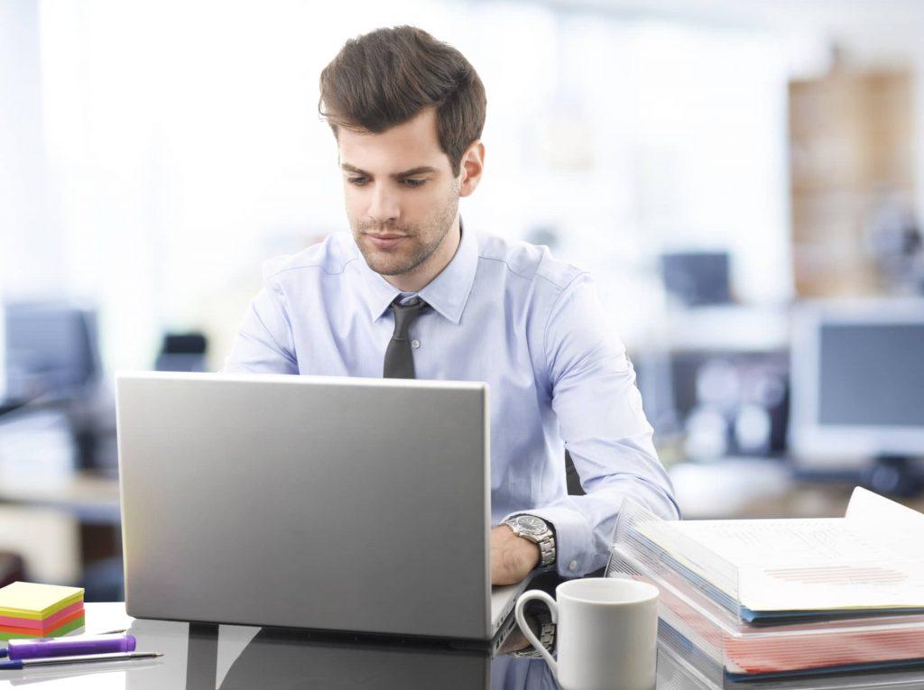 Hai appena cominciato un nuovo lavoro? Ecco 10 errori da non fare