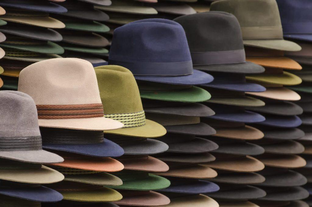 Risolvere un problema è semplice come indossare un cappello. 6 tecniche di problem solving per lavorare meglio