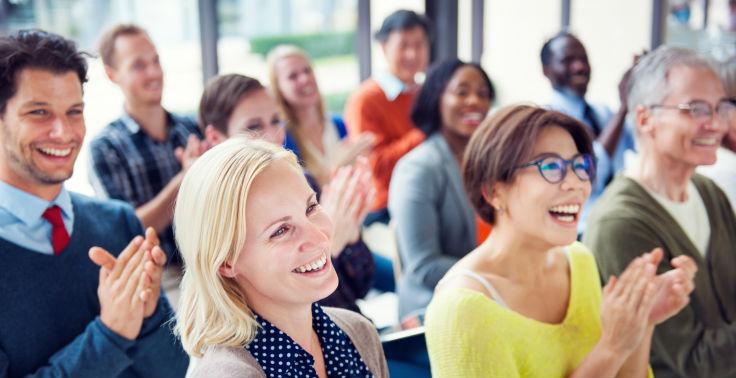 Parlare in pubblico, che ansia! 7 regole (inaspettate) per essere naturale ed efficace