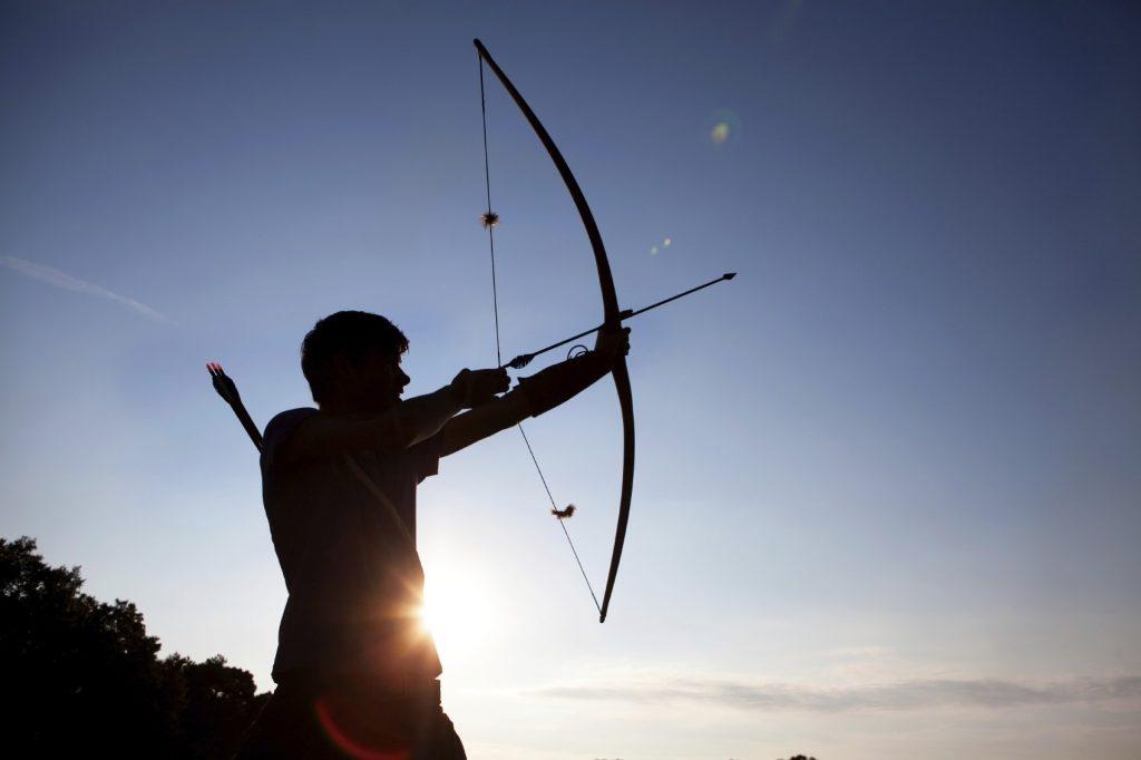 Siamo frecce che devono raggiungere dei bersagli: se non li abbiamo rischiamo di non volare verso il futuro
