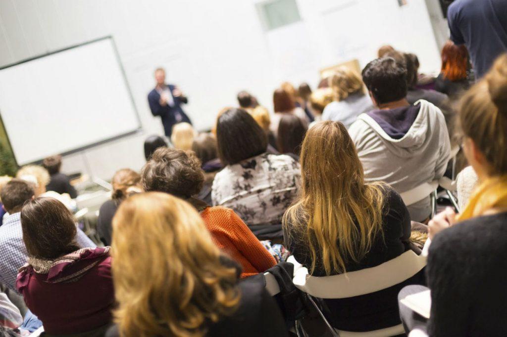 Vuoi fare presentazioni mozzafiato? È una scienza perfetta con 5 chiare regole