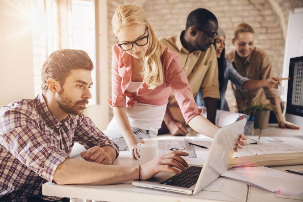 Essere più produttivi lavorando di meno? Si può, in tre mosse