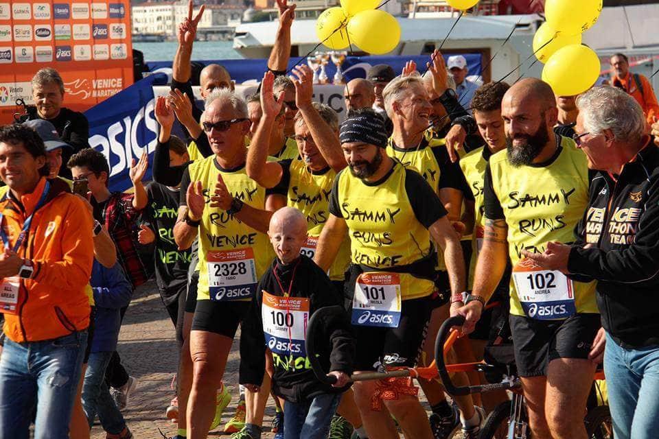 42 chilometri di amicizia: Sammy runs Venice