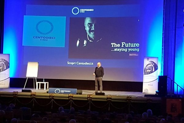 """The Future… Staying Young"": parola di Oscar Farinetti"