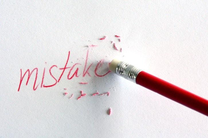 Chi evita l'errore elude la vita