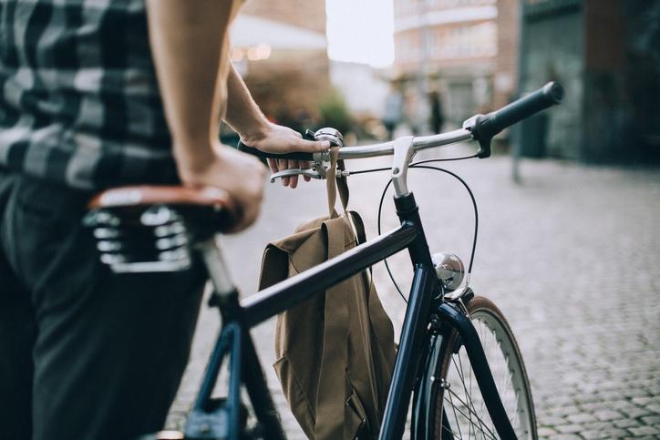 La vita è come andare in bicicletta. Per restare in equilibrio devi muoverti