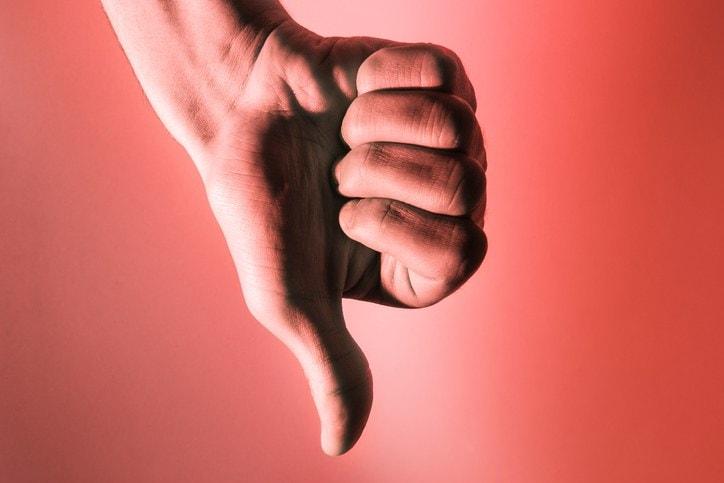 7 tecniche base per sopravvivere alle litigate su Facebook