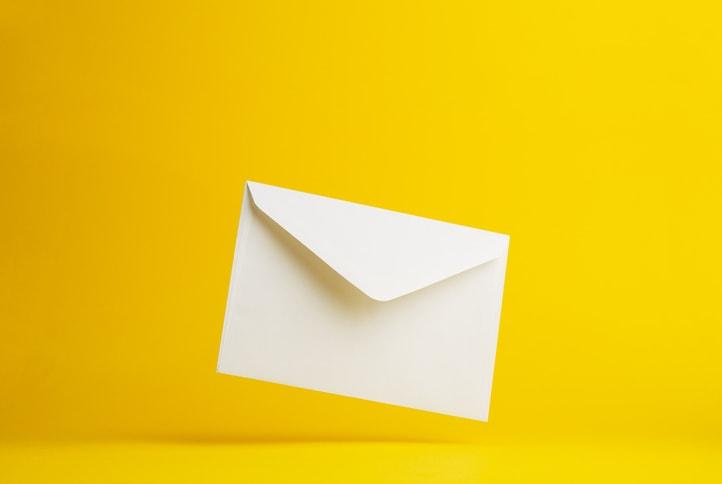 Un tempo scrivevamo sulle banconote: scambiarsi messaggi è un bisogno che la tecnologia ha interpretato