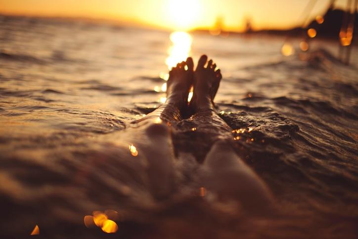 Ascolta la tua voce interiore, e lascia andare: 3 suggerimenti (più uno) per godersi l'estate