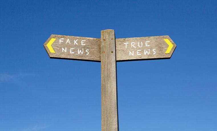 Nel tempo dell'inganno universale dire la verità è un atto rivoluzionario