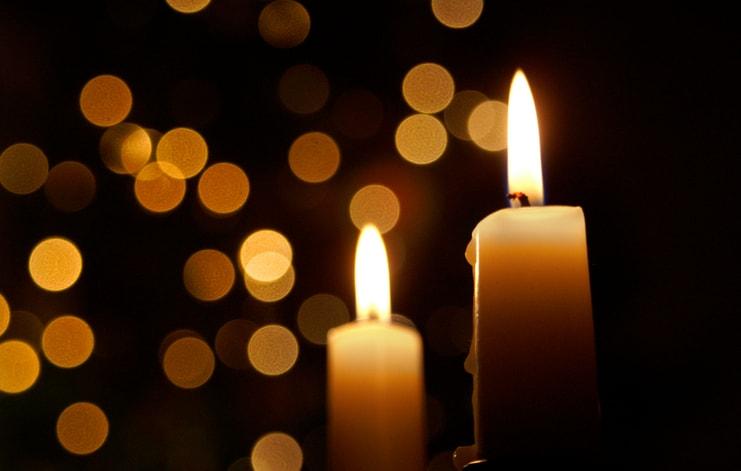 Ci sono due modi di diffondere luce: essere la candela oppure essere lo specchio che la riflette