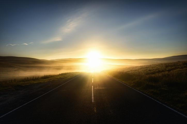 L'orizzonte si piega in avanti, offrendoti spazio per fare nuovi passi di cambiamento
