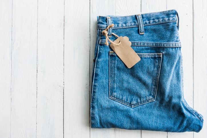 Come vestirsi in ufficio: 5 capi e accessori di cui fare (sempre) a meno