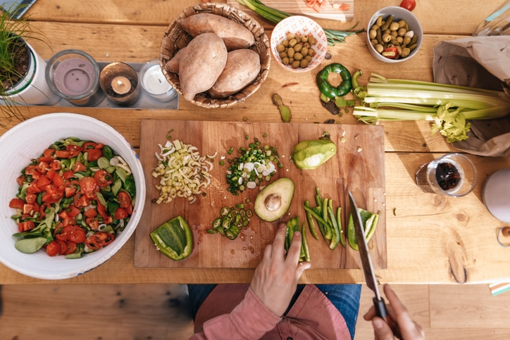 Rilassante, creativa, gratificante: la cucina è un antidoto allo stress