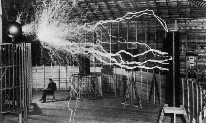 Le 4 qualità (da imitare) di Nikola Tesla, genio eccentrico del XX secolo