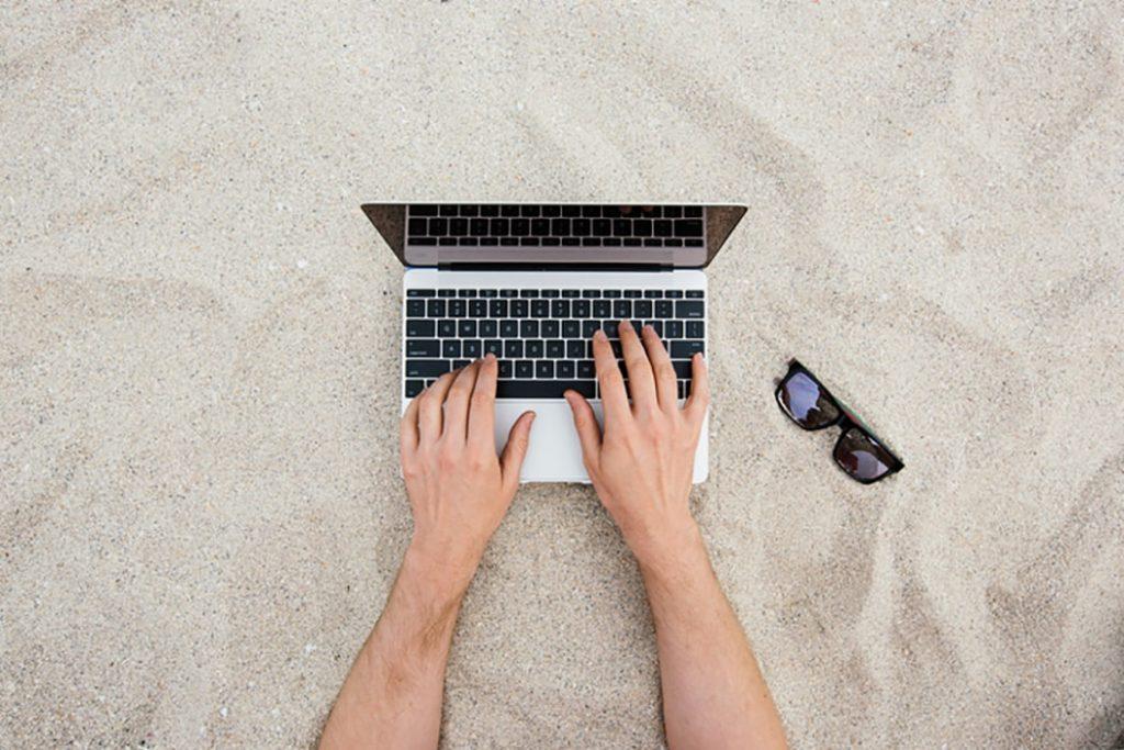 6 consigli per lavorare al meglio durante il periodo estivo