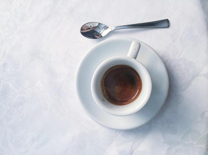 «Courtesy Interview»: 5 consigli per i colloqui informali davanti a un caffè