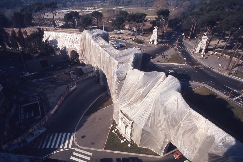 Centodieci è Arte presenta Christo – Oltre la superficie, in mostra a Parma