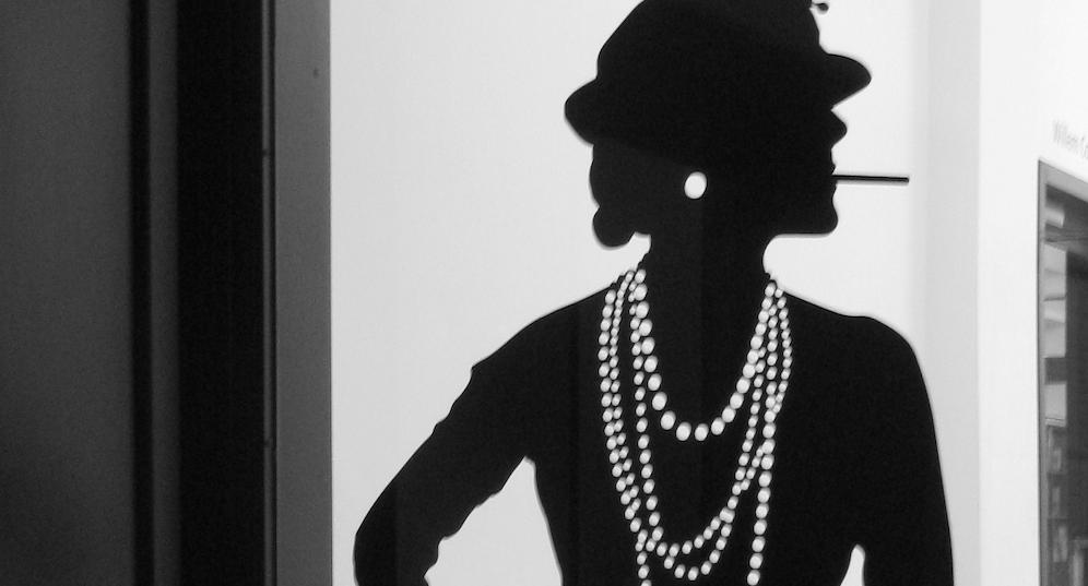 Coco Chanel, l'artista e imprenditrice che ha cambiato la moda per sempre