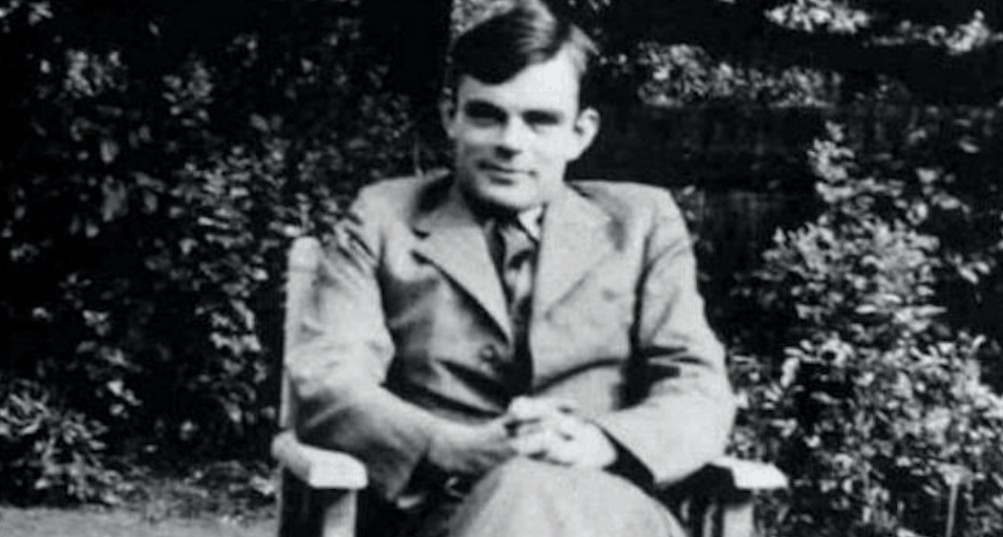Alan Turing, la mente geniale che subì il pregiudizio del suo tempo
