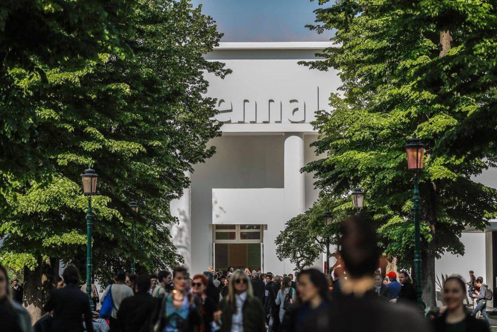 Biennale di Venezia 2019: l'arte deve parlare alle coscienze