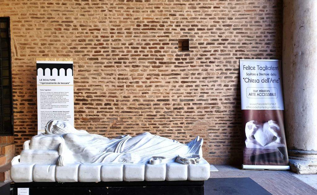 La straordinaria storia di Felice Tagliaferri, lo scultore cieco