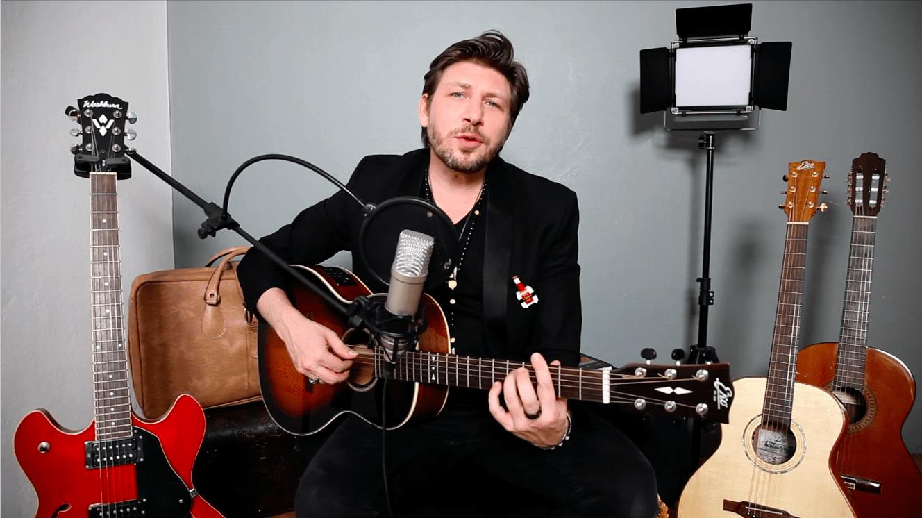 Note d'Italia – Genova: Daniele Stefani canta Tenco e Paoli