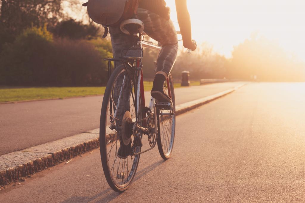 Passione e sostenibilità: perché scegliere la bici a scatto fisso