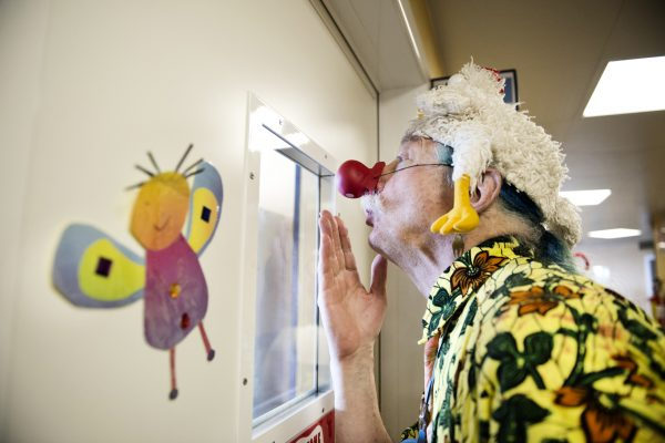 Patch Adams, un sorriso da Nobel