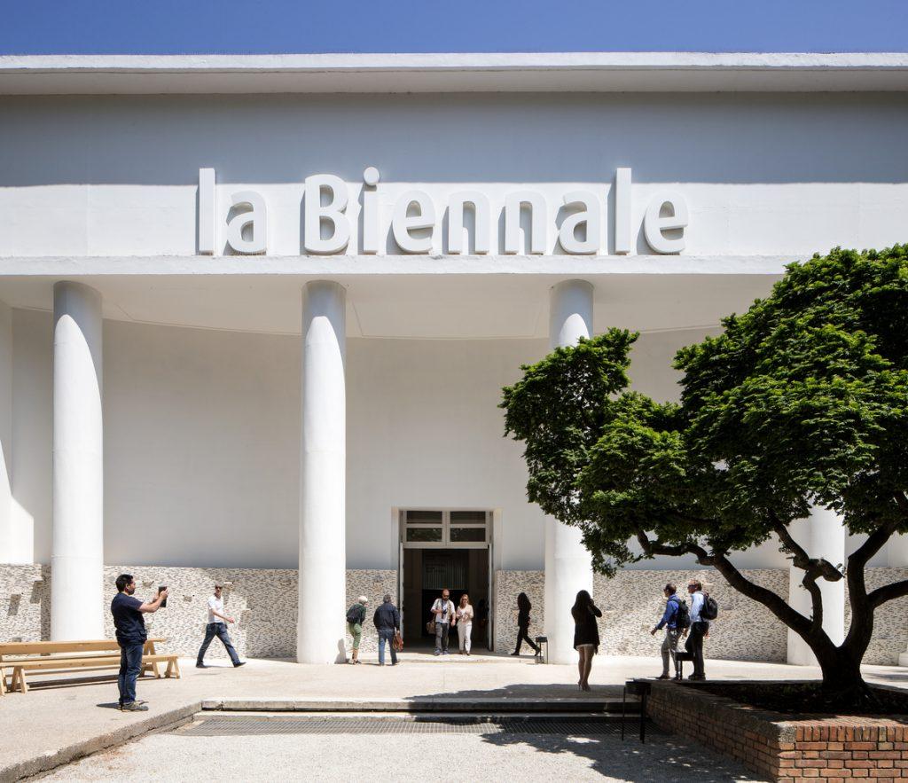 Riapre la Biennale di Venezia 2021: dopo tre anni di riflessioni, How will we live together?