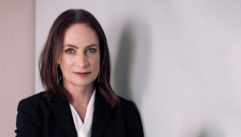 La storia di Caroline Farberger, primo CEO al mondo ad aver cambiato sesso
